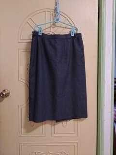 🚚 窄裙 兩片裙34寸腰