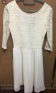 #My1212 white peplum dress
