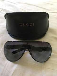 Authentic Gucci sunglasses 💫💫