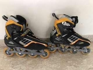 M-Cro Rollerblade (size 43) ~ Adult / Teenager