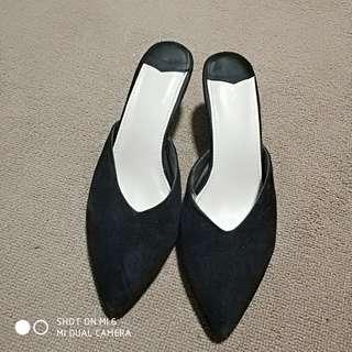 Black Kitten Heels Slides