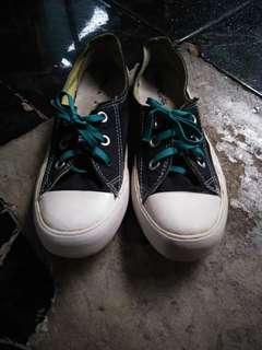 Sepatu converse cewek size 36.5 second