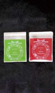 NEW 40pcs Xmas Wreath Design Self-Adhesive Souvenir Cookie or Candy Plastic Pouch 10cm