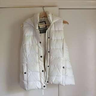ABERCROMBIE AND FITCH puffer vest