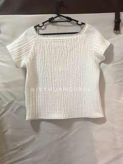 🚚 ✨全新現貨✨GU白色方領上衣
