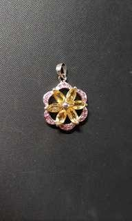 Pretty jeweled flower pendant