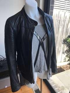 Lee 100% Black genuine leather jacket size 10 bomber