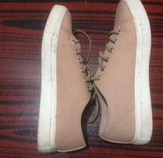 Zalora Nude Color Sneakers #XMAS25