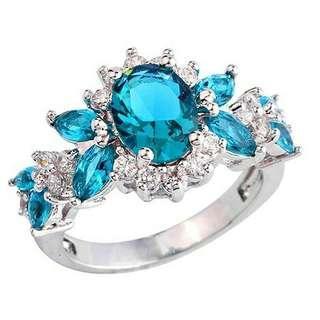 💎女子綠色鋯石花朵銅鋯石戒指 💰:450元