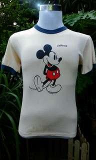 Vtg Mickey ringer print depan belakang