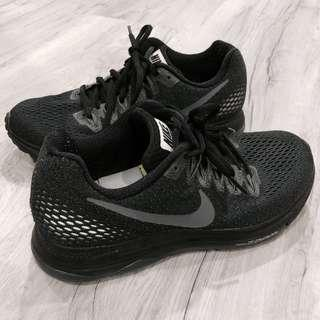 NIKE ZOOM SHOES ❤️