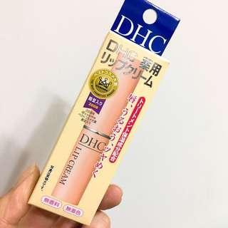 🚚 DHC護唇膏 日本帶回