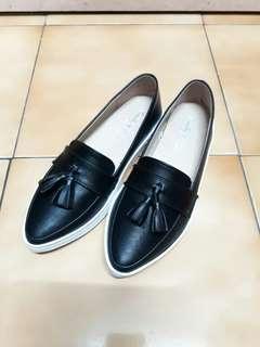 🚚 九成新 平地鞋