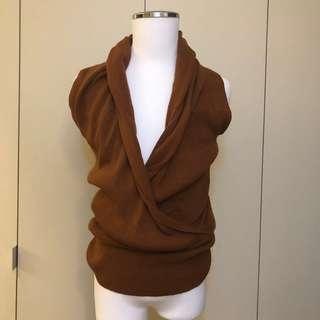 🚚 9成新 咖啡色無袖針織毛衣 時尚穿搭針織毛衣 百褶領口下擺設計