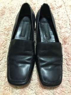 Authentic Etienne Aigner shoes