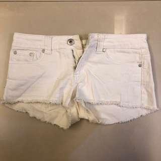 🚚 7成新 白色低腰短褲 百搭白色短褲 夏天海邊必備