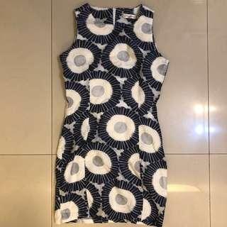 🚚 九成新 大花圈藍色洋裝 包臀貼身洋裝 氣質性感 OL洋裝 上班族小資女必備