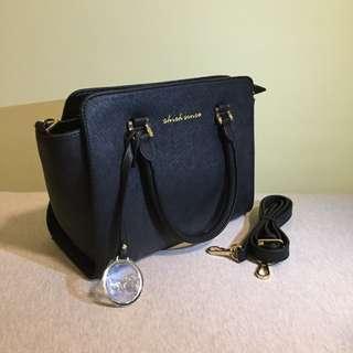 🚚 時尚簡約黑色 側背包 手提包 加贈時尚黑色長夾