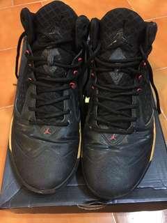 🚚 Jordan黑色籃球鞋10號半