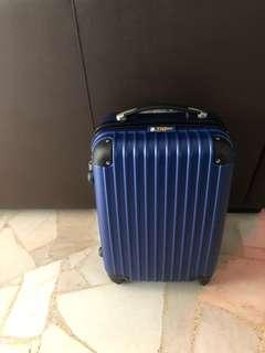 """Lightweight 20"""" luggage"""