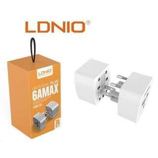 🚚 LDNIO Z4 Universal Plug 6A MAX Travel Adapter