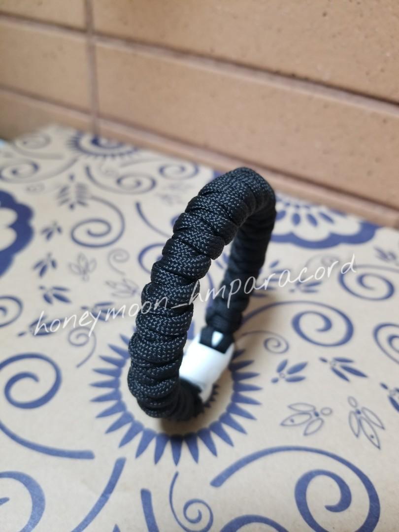 全人手製作 單色螺旋形傘繩手帶