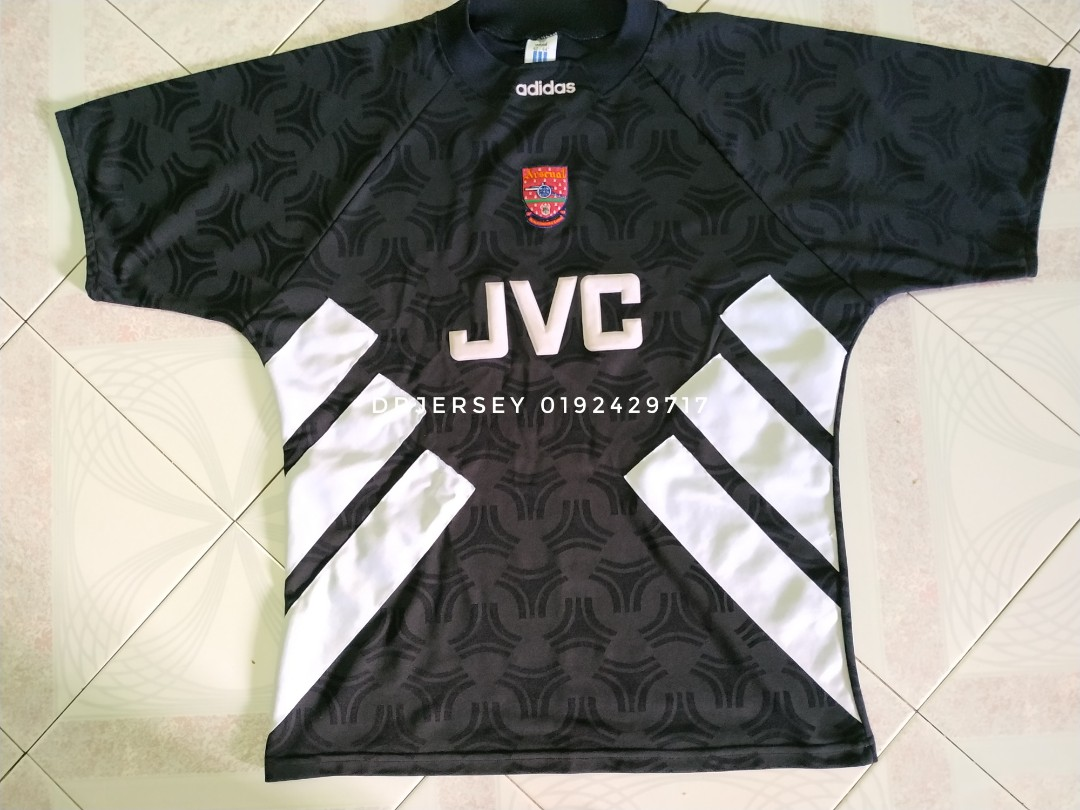 262e2b75e92 Arsenal goalkeeper vintage jersey 93/94, Men's Fashion, Clothes ...