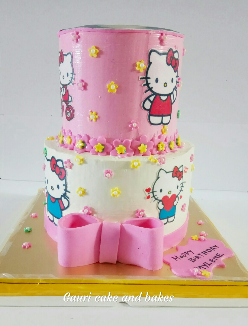 Hello Kitty Cake Food Drinks Baked Goods On Carousell