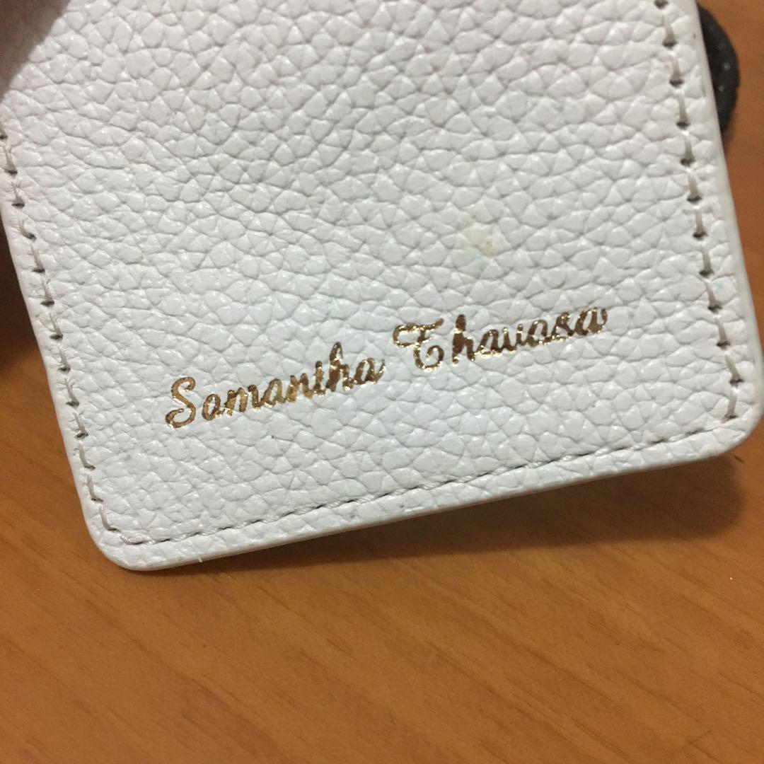 Samantha Thevasa 純白色卡套掛頸女真皮