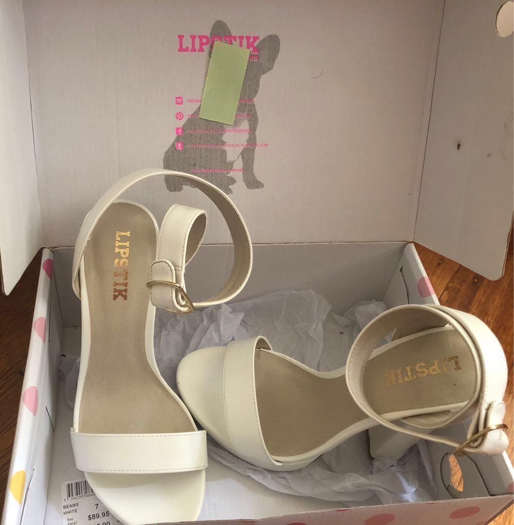 White beams lipstik high heels