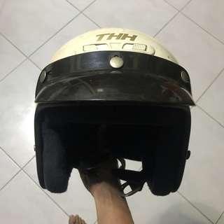 THH Jipang Helmet White Fits S/M