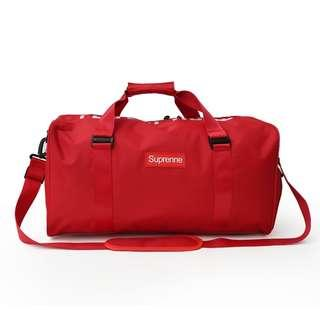 Supreme Duffle Bag Gym Bag Travel Bag Cabin Luggage Suitcase Running Shoes  Sports Shoes Compartment Compartments e42bd3c3161b3