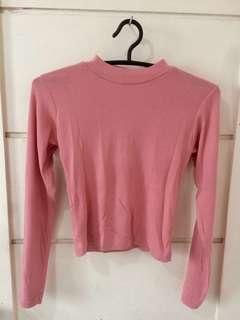 Pink long-sleeve crop top