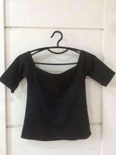 3/4 off-shoulder crop top