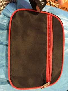 Travel pouch. Small bag for toiletries.