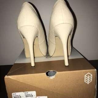Beige heels (call it spring)