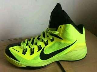Nike hyperdunk all new!green black 78a37758b
