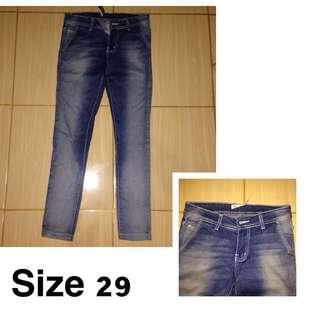 Jeans #mauiphoneX