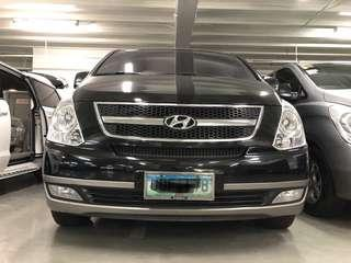 2013 Hyundai Starex Gold 2.5L CRDI automatic for sale.