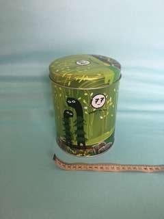 🚚 鐵桶(約直徑13、高16.5cm)