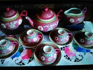 Chinese porcelain teaset