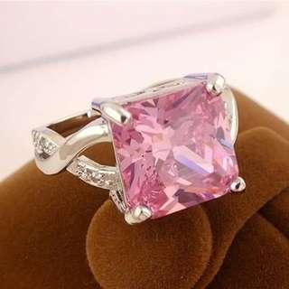 💎女子粉紅色方晶鋯石925純銀戒指 💰:450元          🚙:60 #有喜歡的下單請參照戒指量測圖給美碼號碼