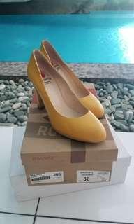 Mikaela golden high heels 36