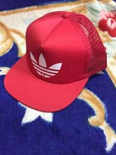 Topi trucker custom