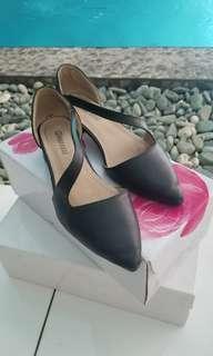 Black shoes 36