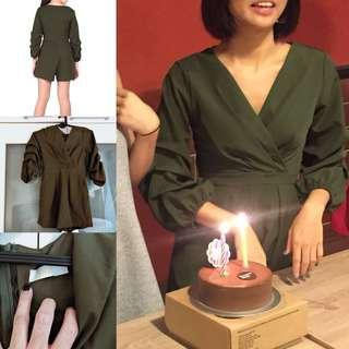 Christmas 🎄 SALE' my fine collective ( same supplier ) green playsuit