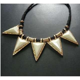 (BN) Stylish Necklace / Choker (Brand New)
