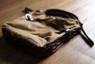 Leather sling bag - tas selempang kulit coklat