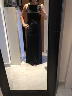 Long backless dress