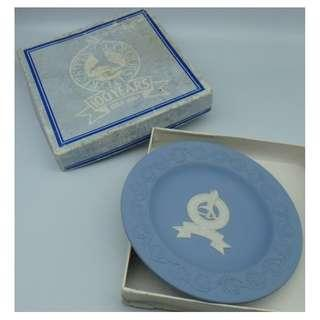 1984 Wedgwood BLUE ROUND TRAY PLATE-RECKITTS COLOURS LTD 100 YEARS w/Box